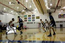 Men_Basketball-020619-19