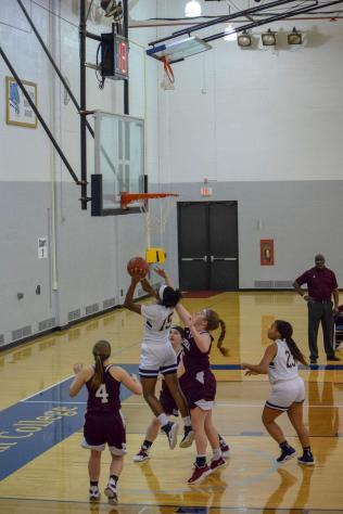 Women_Basket_Ball012619-01