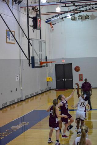 Women_Basket_Ball012619-02
