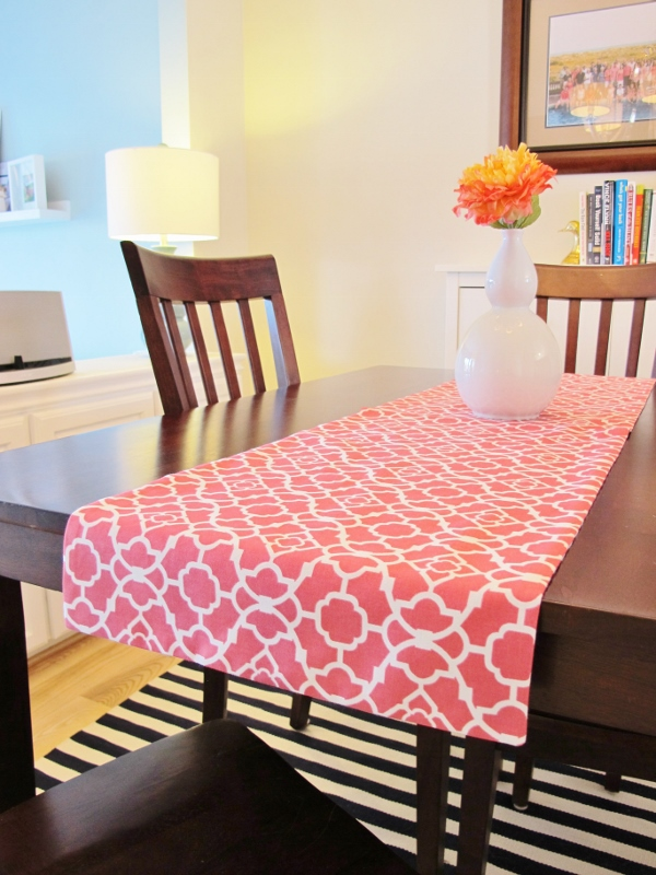 How To Make A Reversible Table Runner School Of