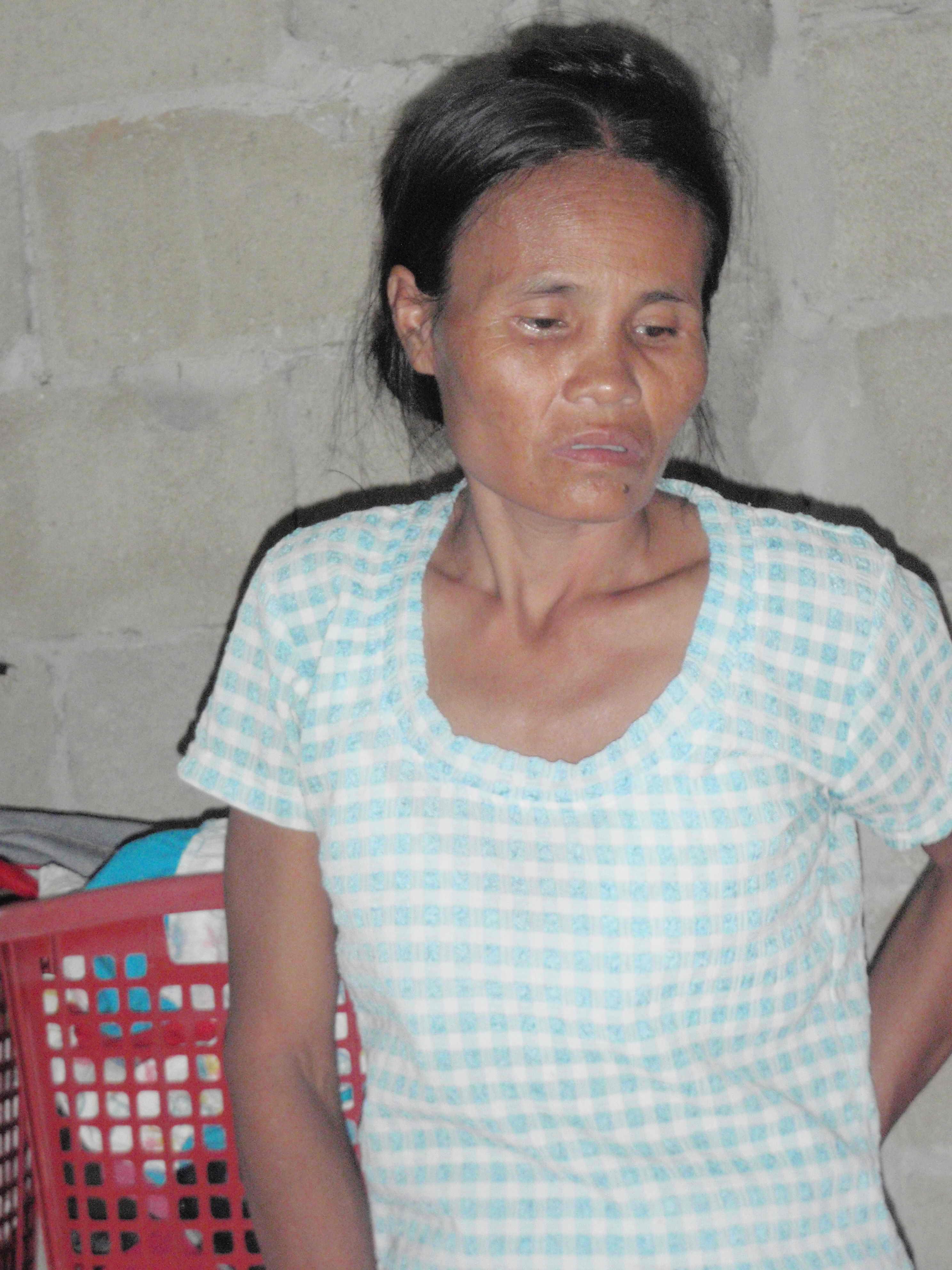 Mor til to barn som får støtte til grunnskoleutdannelse gjennom SSPL