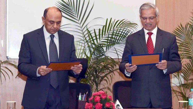 Rajiv Nayan Choubey Takes Oath of Office and Secrecy as Member, UPSC