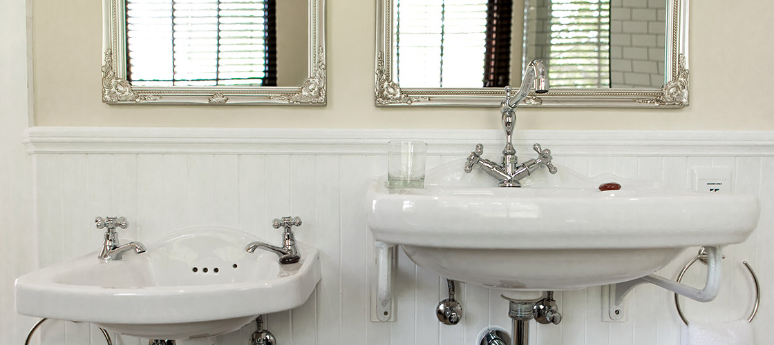 Mini basins in Family Suite