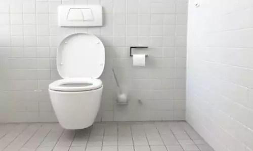 Urinesteen verwijderen urinoir