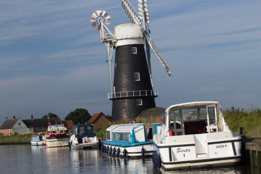 195 windmill on the broads web