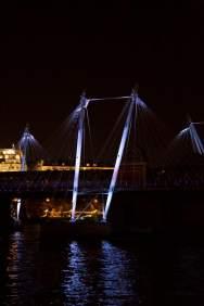 275 Hungerford and Golden Jubilee bridges web