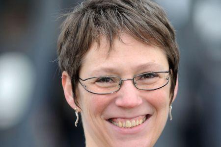 Denise Strohsahl arbeitet seit vielen Jahren als Reiseleiterin in Schottland und hat sich auf Whiskyreisen spezialisiert.