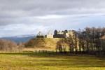 Die Bahnreise durch Schottland fuehrt unter anderem auch in den Cairngorm Nationalpark.