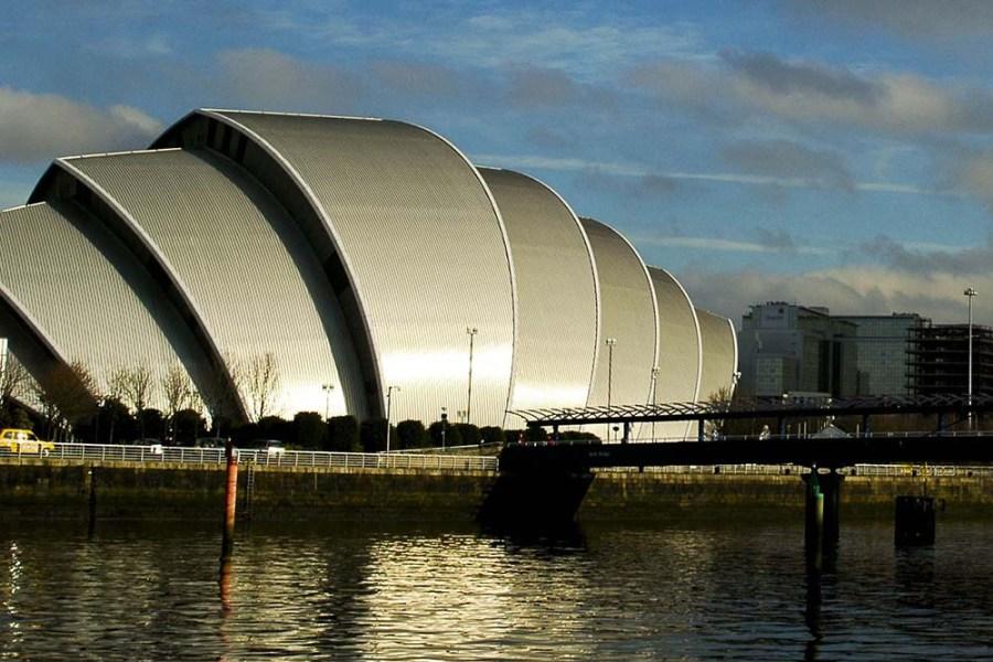 Unsere individuelle Bahnreise beginnt in Glasgow, der groessten Metropole Schottlands.