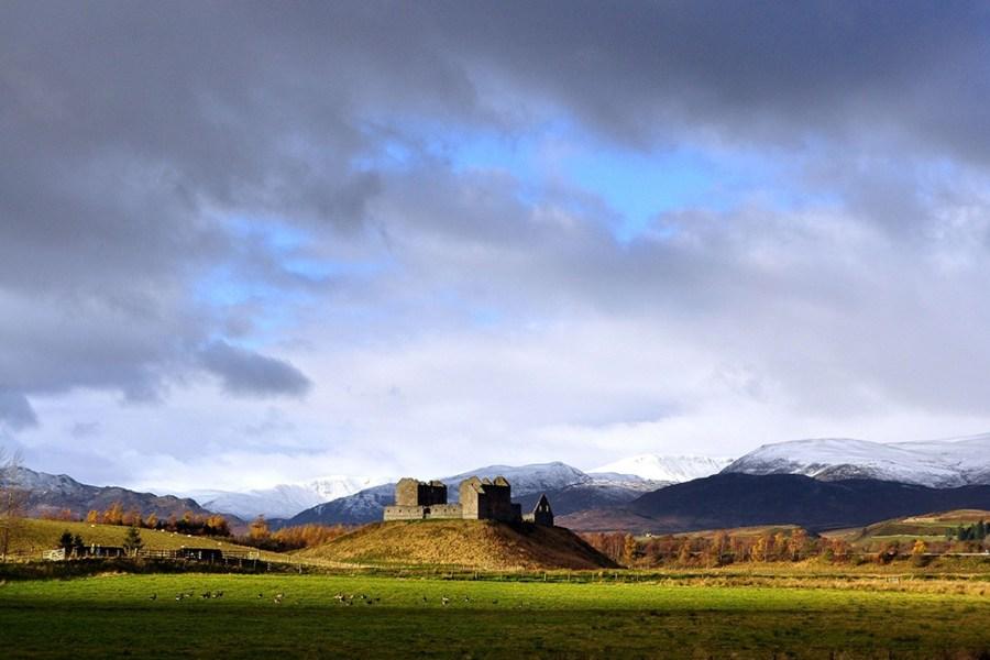 Genussreisen durch Schottland führen mit Wind & Cloud Travel auch in die schottischen Highlands.