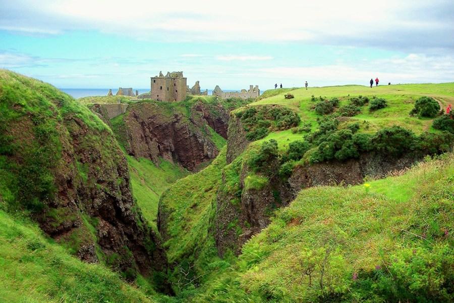 Am 2.Tag dieser individuellen Rundreise durch Schottland koennen Sie Dunnottar Castle besichtigen.