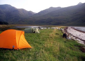 Wild Camping ist in Schottland erlaubt und eine mögliche UNterkunftsart im Schottlandurlaub.