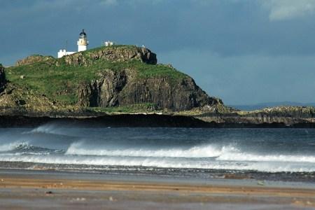 Auf der Segelreise in Schottland besucht man auch die oft unterschätzte Ostküste.
