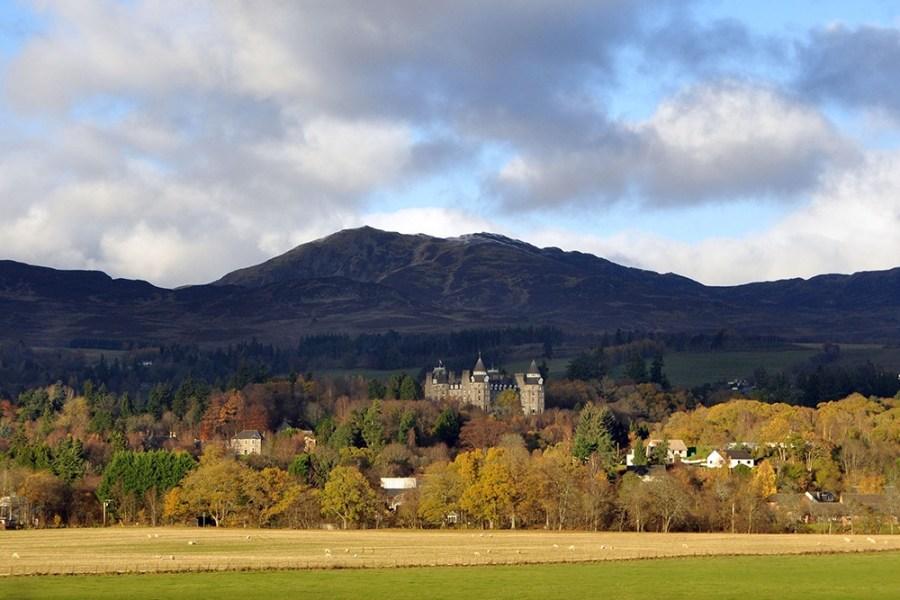 Das Athol Palace Hotel residiert inmitten schoener Gartenanlagen und ist die Basis unserer Standortreise Schottland.