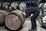 Die meisten Gaeste unserer Whiskyreise nach Islay sind vom Warehouse Tasting bei Lagavulin begeistert.