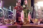 Auf den Whiskyreisen durch Schottland kann man auch schon mal Gin verkosten wie hier in Eden Mill.