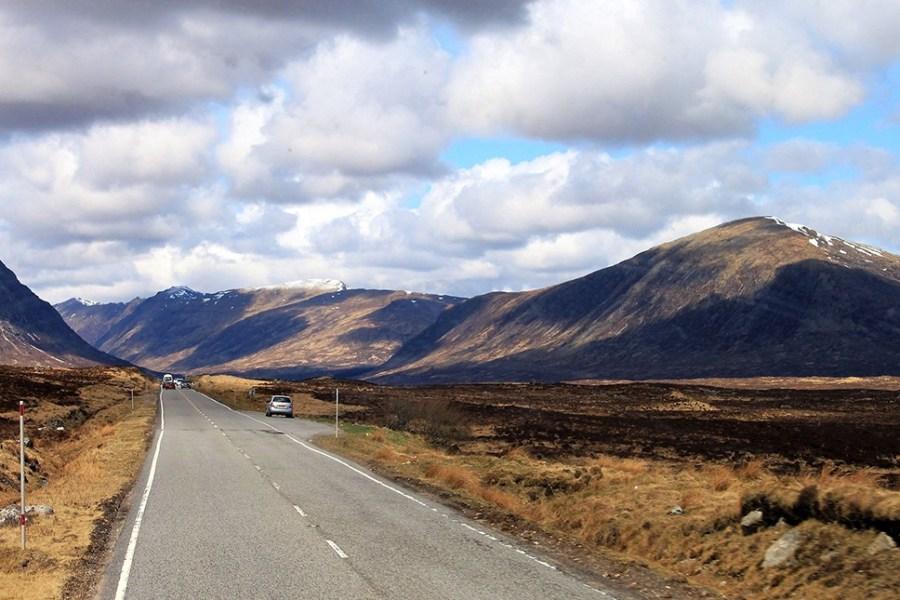 Gerade im Herbst koennen Individualreisen in Schottland am eindrucksvollsten sein.