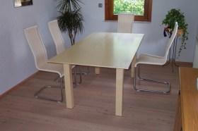 Tisch ausziehbar in Ahorn