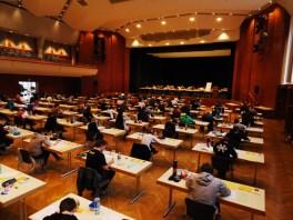 Am 20. März begann das Abitur mit dem Doppeljahrgang aus G 8 und G 9 in der Stadthalle Aalen.