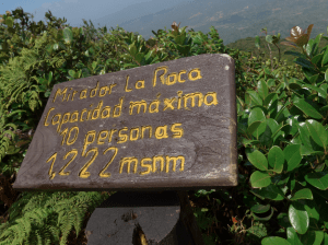 Schild auf dem Vulkanwanderweg
