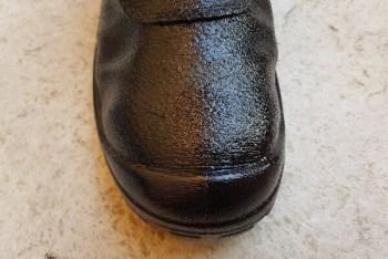 Tapir Fett für Leder aufgetragen