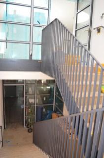 Bald kann der Handlauf montiert werden und dann ist das Treppenhaus auch schon fertig!