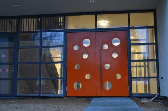 Die neuen Türen sind eingebaut!