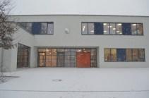 Der neue Haupteingang ist fertig. Nun können wir alle wieder direkt in die Schule eintreten!