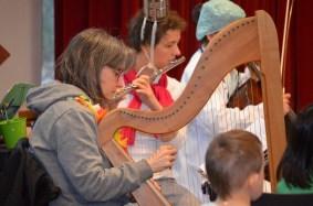 Sogar eine Harfe war dabei.