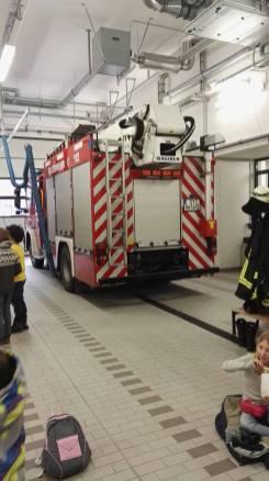 Feuerwehrbesuch Klasse 3b (4)