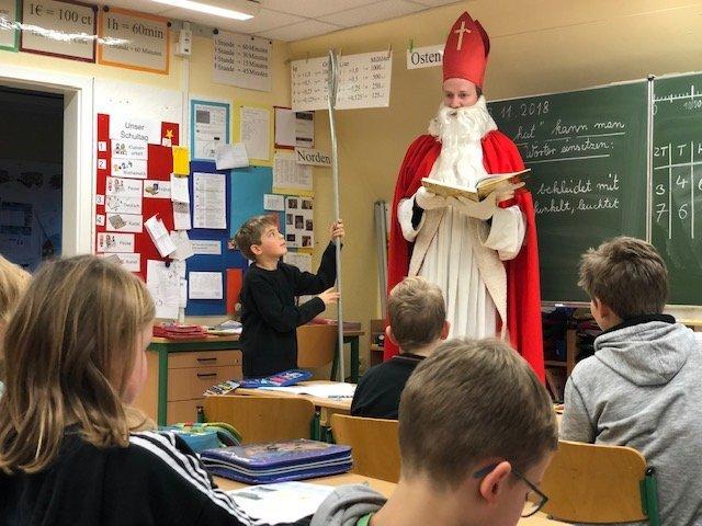 Nikolaus 2018 Postdammschule (2)