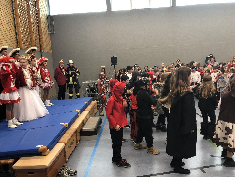 Schulkarneval_Eichendorffschule_2019 (19)