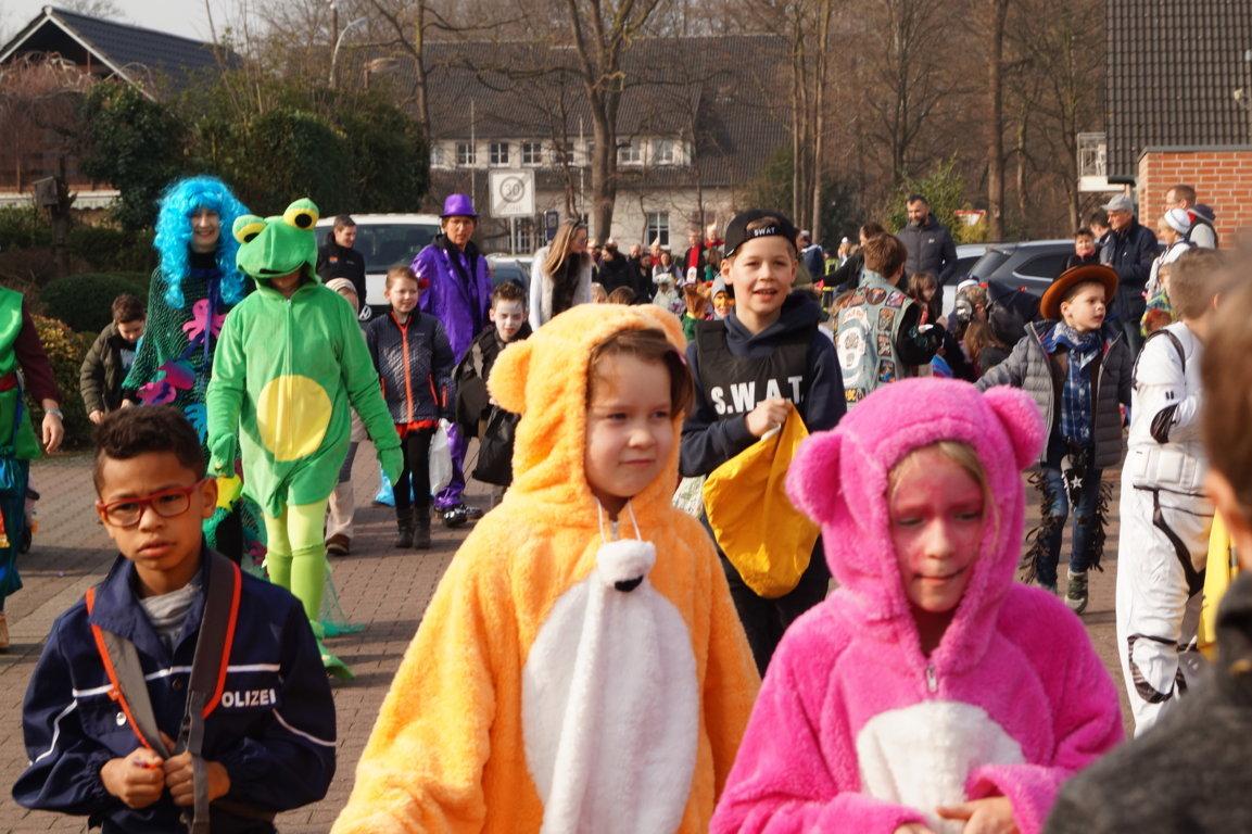 Schulkarneval_Postdammschule_2019 (11)