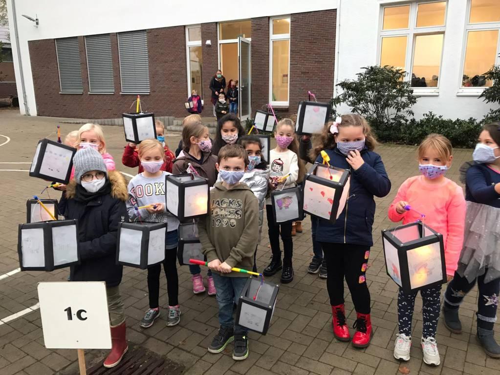 Martinsfeier Eichendorffschule 2020 (16)