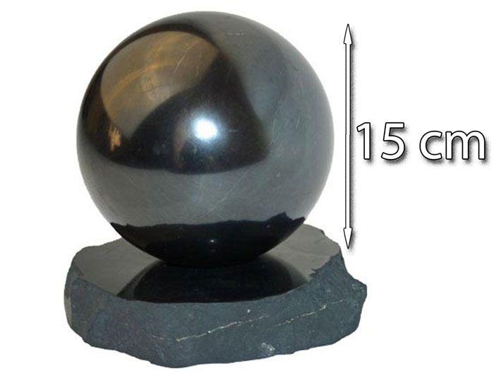 boule de shungite 150mm polie sur un appui