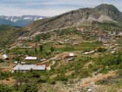 Mesto v sedle Leskovik