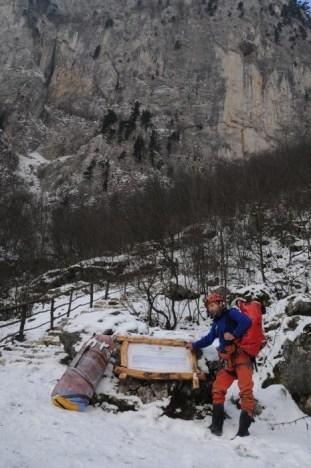 Nová tabuľa a nové schody k Jaskyni velika klisura