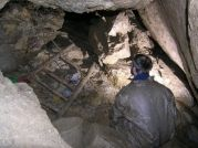 Ivanova sienka, hore vstup do Mramorovej chodby
