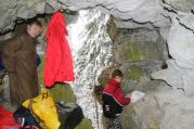 Vo vchode do jaskyne