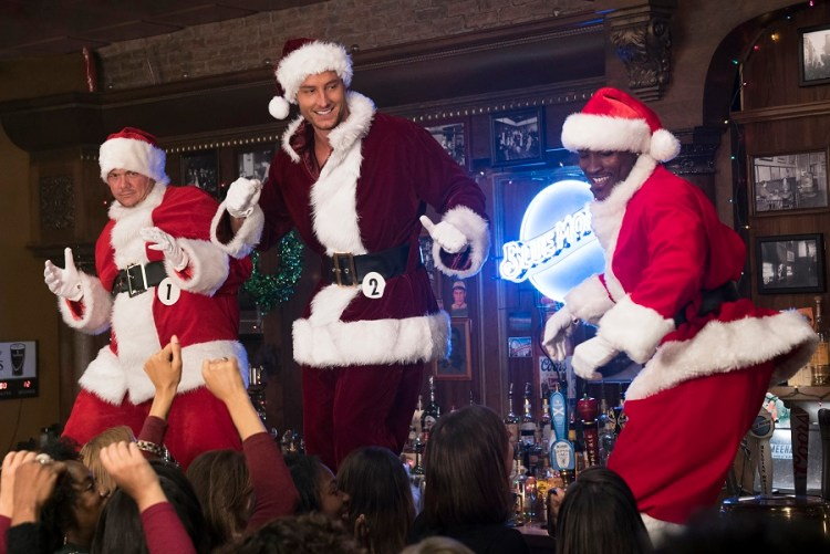 Justin Hartley in A BAD MOMS CHRISTMAS