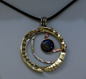 pendant-cozmic-blues-collection-brass-copper-nickelsilver-epoxy-sikhote-alin-meteorite-5