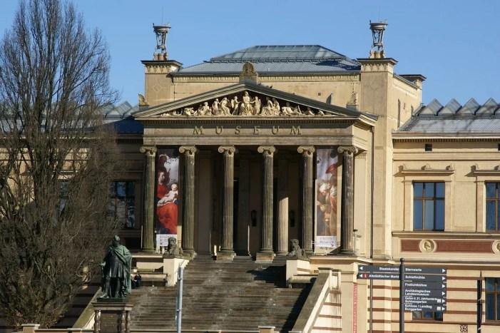 Schwerin: Zur Rolle der Museen in der DDR