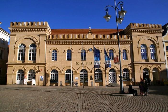 Stadtvertretung verabschiedet  Doppelhaushalt 2019/2020