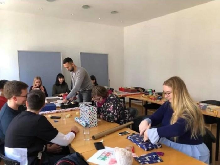 """""""Weihnachten im Schuhkarton"""" – Jusos in Weihnachtsstimmung"""