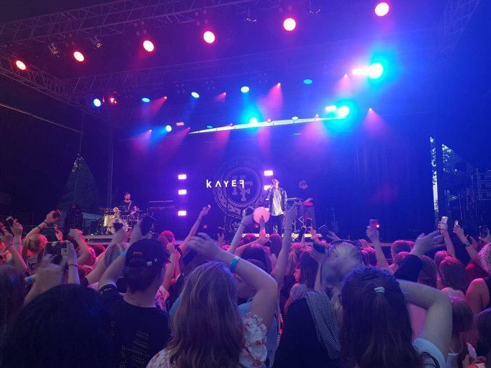 Schwerin: Internet-Stars begeistern junges Publikum