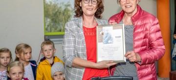 """Schwerin: Ehrennadel für 10 Jahre """"Kneipp-Kita"""""""