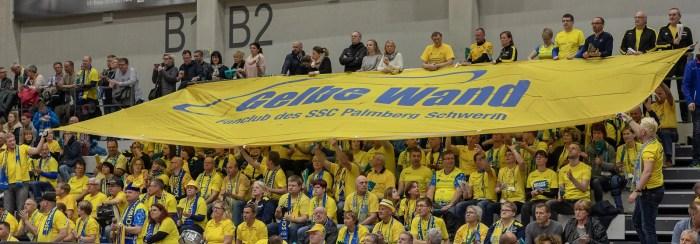 Schwerin: Volleyballfans schauen langsam nach vorn