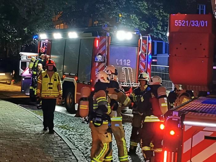 Schwerin: Großeinsatz der Feuerwehr am Dom