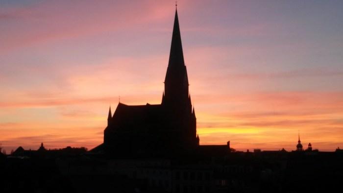 Schwerin: Heiligabend mit Landesbischöfin und Nordpolitik begehen