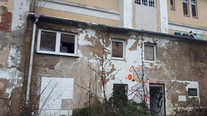 Schwerin: Gefahr auf dem Grundstück des Strandhotels